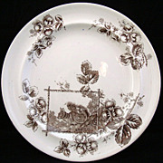 SALE Arts and Crafts Aesthetic Plate ~ Squirrel 1880
