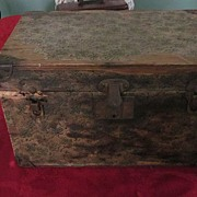 """1920's Paper Covered 16""""x10""""x10"""" Doll Trunk with Insert Tray"""