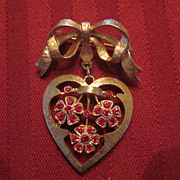 Bow Pin with Heart Pendant with Red Rhinestones