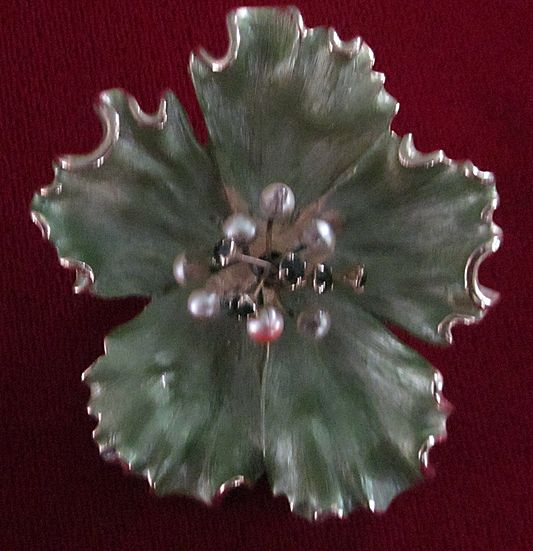 Kramer Dimensional Green Enamel Flower Pin