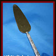 Repousse sterling handled pie knife server