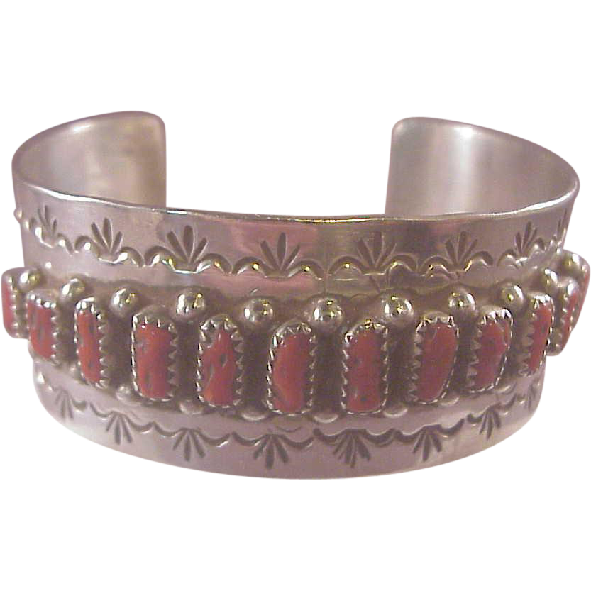 Vintage native american sterling coral cuff for Naugatuck glass company
