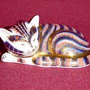 Royal Crown Derby Sleeping Kitten Imari Paperweight