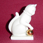Franklin Mint Blanc de Chine Curio Cabinet Cat