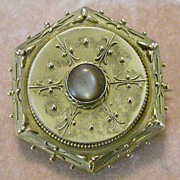 Stunning Victorian Etruscan Gilt Brooch Pin, Back Compartment With Woven Hair