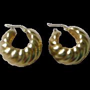 Elegant and Bold 18K Yellow Gold Hoop Earrings Vintage 1980s