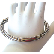 Fine Mid-Century Sterling Silver Hinged Bangle Bracelet