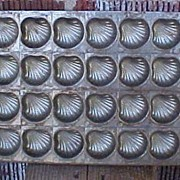 Wonderful Vintage Eppelsheimer Flat Shells Chocolate Mold