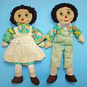 C1940-60 Hand Made Raggedy Ann Andy Doll Pair Green Outfits Brown Hair