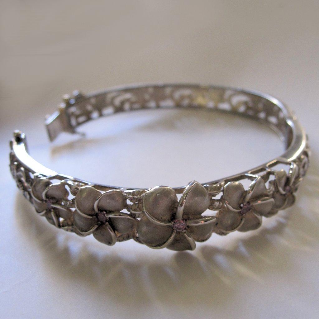 vintage hawaiian plumeria sterling hinged bangle bracelet