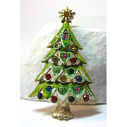 Frosted Christmas Tree Pin
