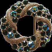 Lisner Wreath Circle Pin Gold-tone Green Rhinestones