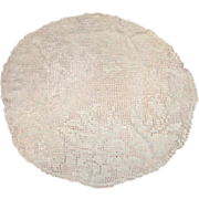 SALE Filet Lace Doily with Birds