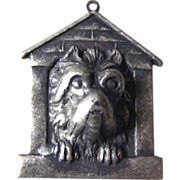 Pendant Cairn Terrier In Doghouse Pewter