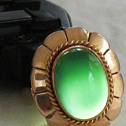 REDUCED 18 K solid gold ring with oval green quartz cabochon size 7 - 9.5