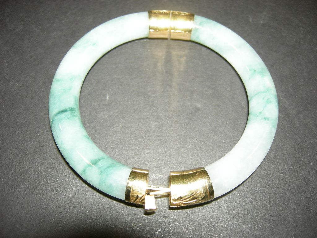 14 K,Yellow gold Jade Bracelet
