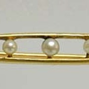 "Antique 18K Gold & Seed Pearls ""Peas in a Pod"" Pin in Box"