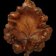 """SOLD Fine Antique Black Forest Carved Bread or Fruit Platter, HUGE 14.5"""" Leaf Shape"""