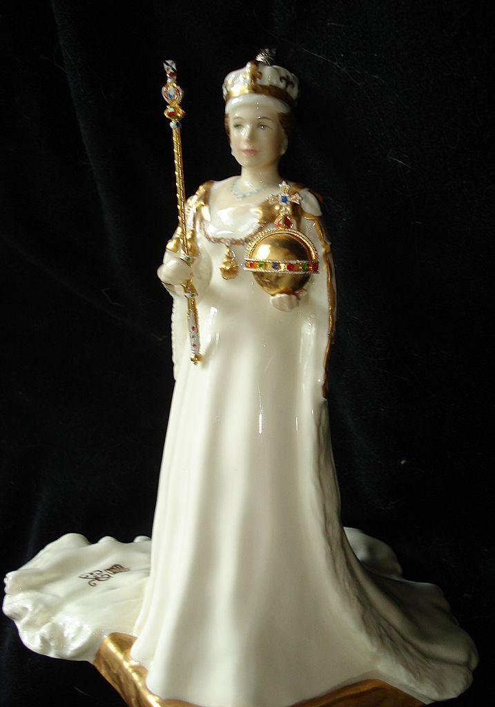 Royal Doulton Queen Elizabeth ll Coronation