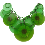 Sweet Plastic Daisy Necklace 1960