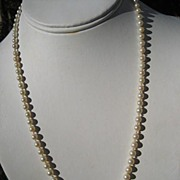 Timeless Vintage Art Deco Period Strand of Cultured Pearls Necklace