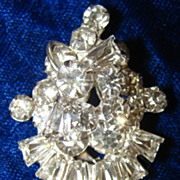 Stunning  Vintage Layered  White Rhinestone Dress Clip