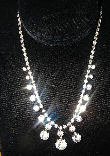 75 % off sale Vintage Rhinestone Ice Collar Dangle Drop Necklace