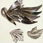 SALE Trifari Silver tone leaf Brooch Earring set