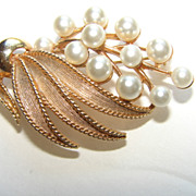 Lisner  Fau Pearl Leaf Spray Brooch