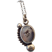 REDUCED Navajo Sterling and Agate Petite Pendant Necklace, Excellent!
