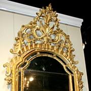 18th Century Italian Giltwood Mirror