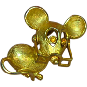 SALE 50% OFF SALE Mouse  with Movable Eyeglasses Gold Tone Pin Brooch