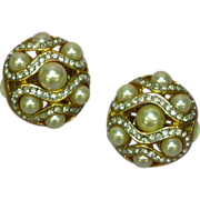 Rhinestones Gold Tone Metal  Faux Pearl Round Clip Earrings