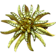 Coro Sophisticated Simulated Diamond Rhinestones Brooch Pin