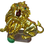 Extraordinary Gripoix Glass Hattie Carnegie Lion  Unsigned Pin Brooch