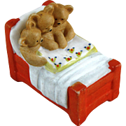 Hertwig 3 Bears in Bed Reading a Book ~ Small  & Very Sweet!