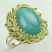 Vintage 1950s Jade Ring 14K Yellow Gold Fancy Laurel Wreath Setting