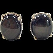 SALE Vintage 14k Gold Corundum Stud Earrings