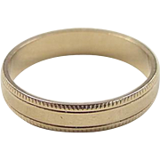 SALE Vintage 14k Gold Milgrain Band