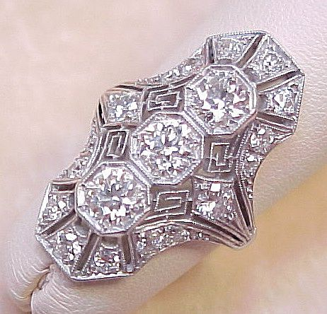 Art Deco Platinum & 1.80 ctw Diamond Filigree Ring
