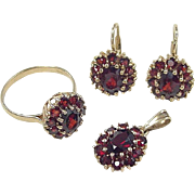 REDUCED Vintage 14k Gold Garnet Set ~ Earrings, Ring & Pendant