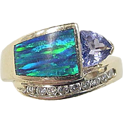Vintage 14k Gold .81 ctw Iolite, Diamond and Opal Ring