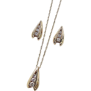 Vintage 14k Gold .53 ctw Diamond Earrings and Necklace Set