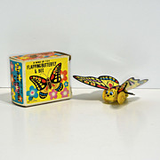 Yone Flapping Butterfly	Wind-up—mint in box