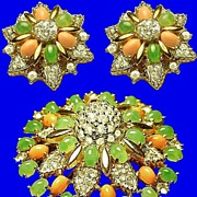 SALE JOSEPH MAZER Jomaz Stylized Floral Brooch and Earrings -- Vintage 1950s