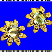 SCHREINER Stunning Rare Gold Gilt Tiger Stripe Flower Earrings Vintage 1950s