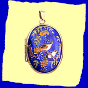 SALE Magnificent Magpies Early 20th Century Chinese Export Silver Enamel Locket