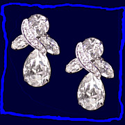Dazzling Swarovski Austrian Crystal Dangle Drop Earrings Vintage 1950s