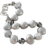 Bracelet Grey Freshwater Pearls and Rhinestones