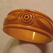 Bakelite Carved Butterscotch Vintage Bracelet